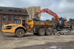 22-ton-Hitachi-loading-dump-truck-