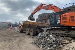 22-ton-Hitachi-loading-dump-truck-2