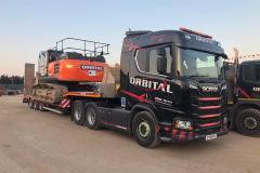30-ton-Hitachi-on-lorry-